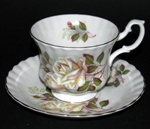 White Roses Teacup