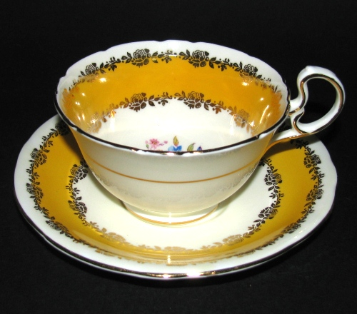 Yellow Gilt Teacup
