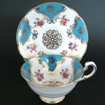 Rose Bouquet Gilt Blue Teacup