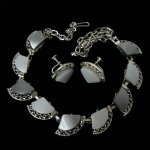 Gray Thermoset Necklace and Earrings