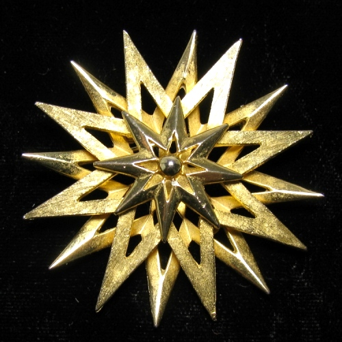 Corocraft Goldtone Star Brooch