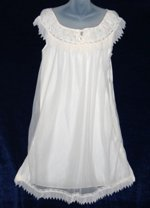 Dorsay Cream Pleated Babydoll Peignoir